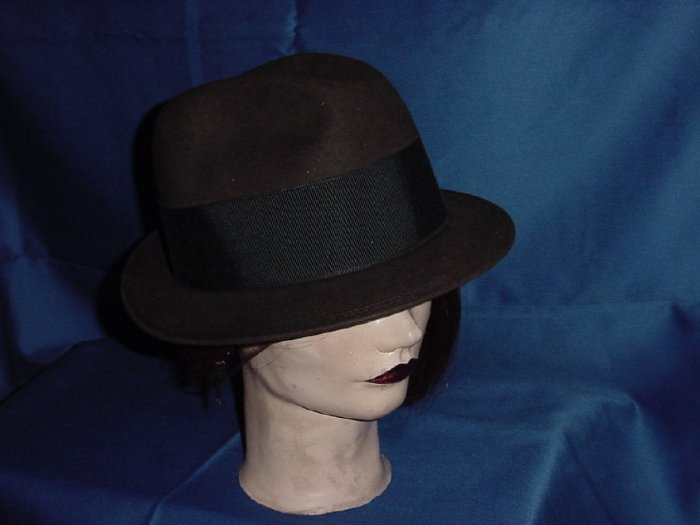 Mens hat  Boyd's hat Brown vintage fedora White of New Haven  No. 82
