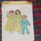 Simplicity 6687 Size 6 Child Robe Nightwear Bust 25  No. 30