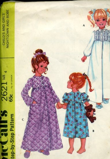 McCall's Sewing Pattern 2621 Child's Girls' Nightgown Robe 1970 pattern  No. 86