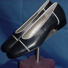 Valerie Stevens Flats size 8M Navy White womens shoes  No. 45