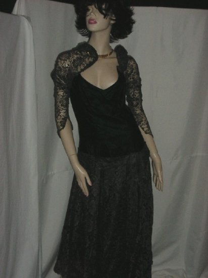 Vintage velvet lace dress Deep Moss Green lace sleeves Size 8  No. 97