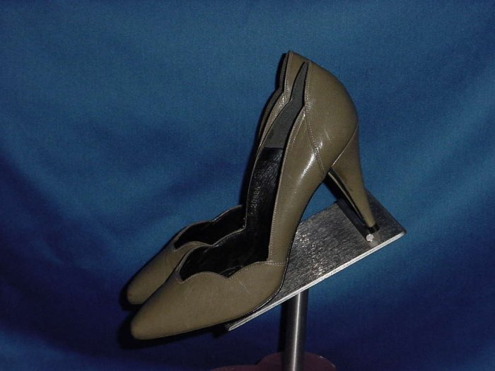 Caressa brown high heel Shoes 7.5 M Spain No. 99