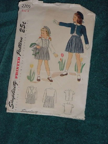 Simplicity Vintage Sewing Pattern 2209 size 4  cut No. 101a