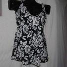 Womens Black white swim suit  size 8 swimsuit  No. 104a