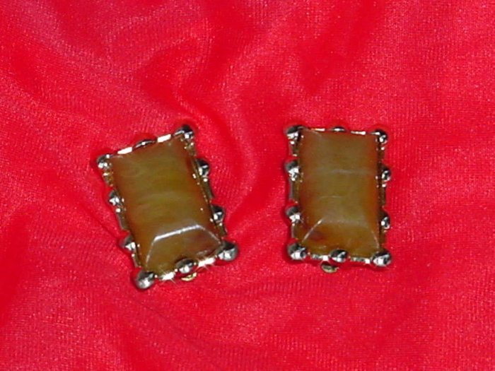 Coro Vintage thermoset earrings  No. 108