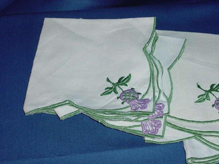 Dinner Napkin Vintage table napkins Set of 6 off white green lilac  No. 111