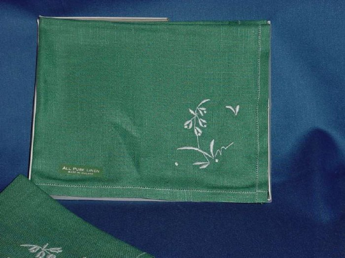 Dinner Napkin Vintage table placemats 2 green linen place mats  No. 117