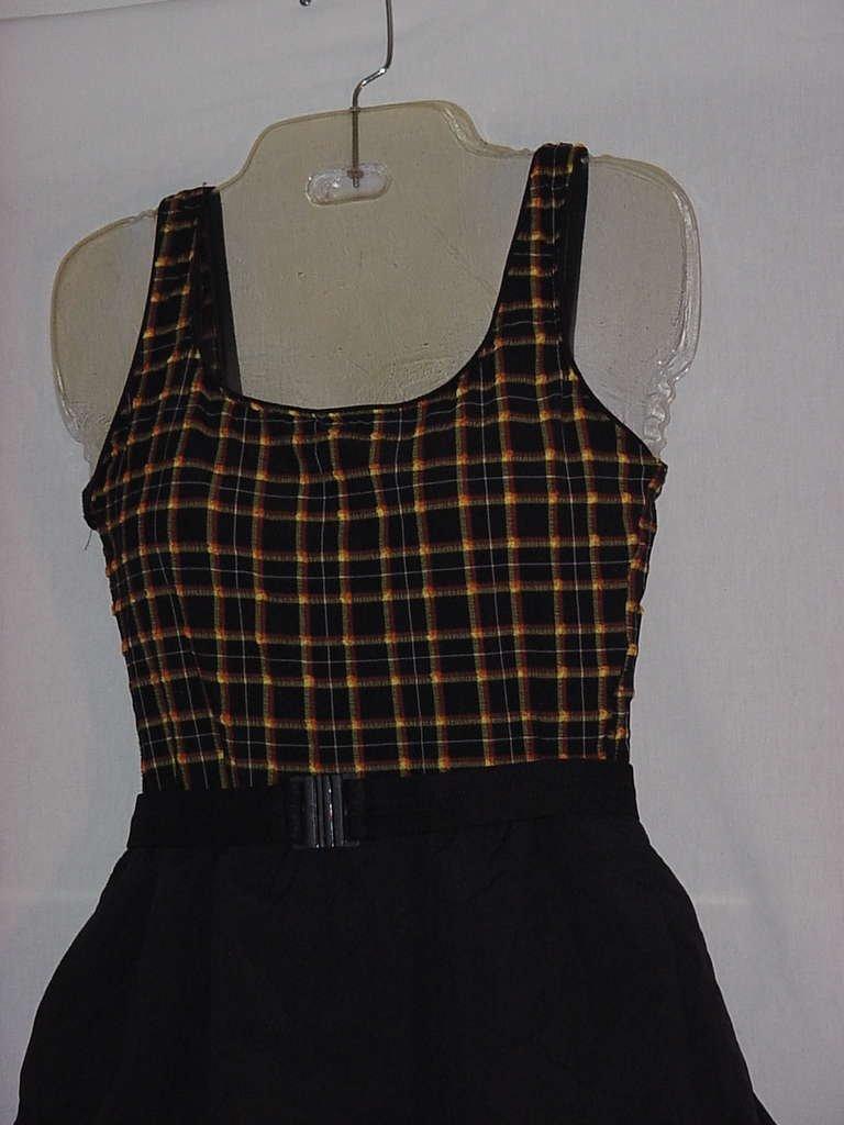 Swimwear womens swim suit Black checked yellow top Mainstream size 8 Bust 30  No. 127