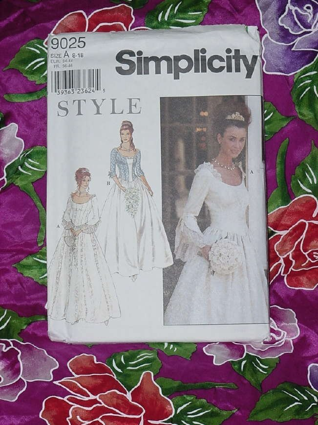 Misses flare sleeves gore skirt floor length formal dress Uncut simplicity 9025 Size A 8-18  No. 135