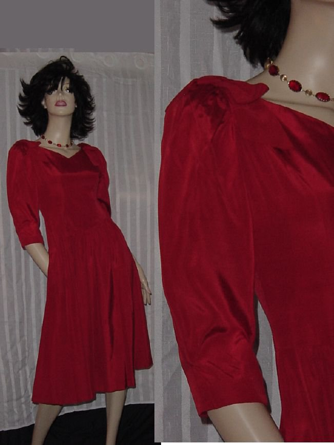 Lanz vintage 1970s 1980s Red Dress drop Waist size Petite Bust 32   No. 106