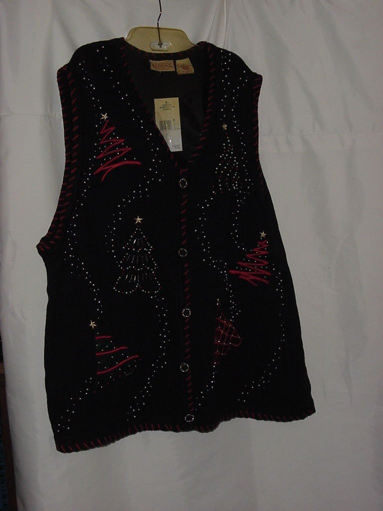 Gently used Christmas Sweater First Edition Size 3X Ladies Plus   No. 117