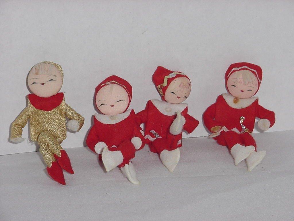 4 Vintage Knee Hugger elves 3 red white felt 1 gold lame Flat face No. 201