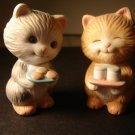 vintage Avon Best Buddies Sharing Kittens porcelain collectible figurines 1992 excellent