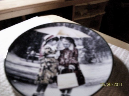 """Nothing Can Dampen Our Friendship 6"""" Plate, w/Holder."""