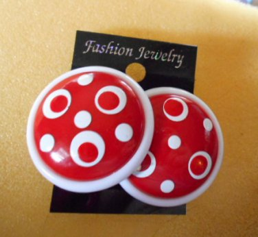 Round Red & white plastic earrings