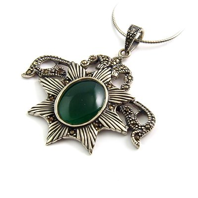 24249 - Large Thai silver Necklace pendant with Agate inlay