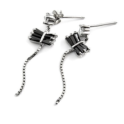 24311-Sterling silver earring