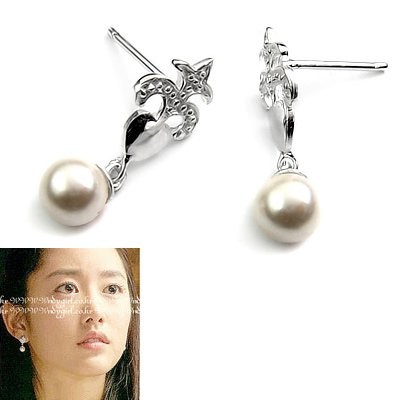 24503-Sterling silver with pearl  earring
