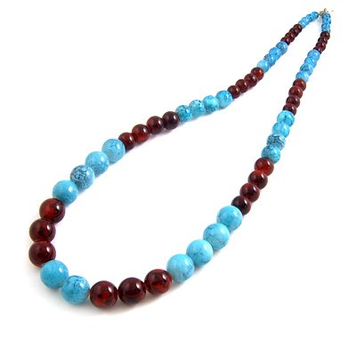 24607-resin with alloy necklace