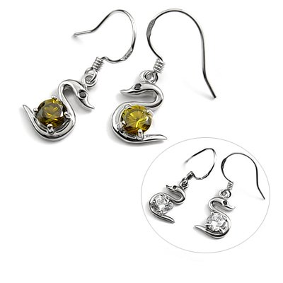 24722-Sterling silver with rhinestoe earring