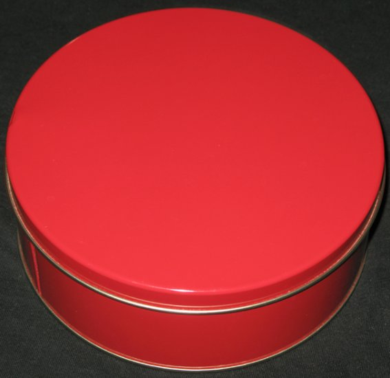Red tin can