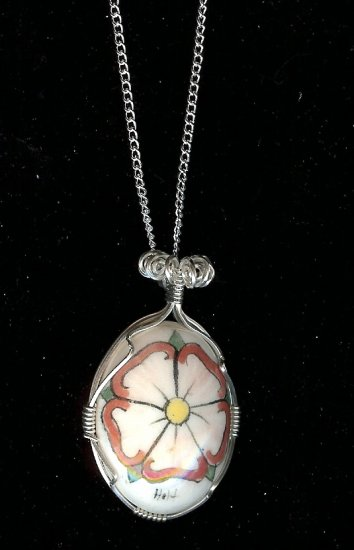 Wire Wrapped Large Rose Pendant Necklace