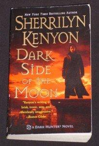 Sherrilyn Kenyon ~ DARK SIDE OF THE MOON ~ Dark Hunter 2006 Pb