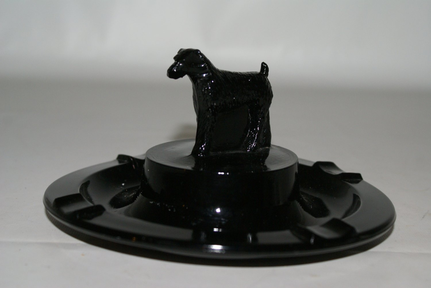 Greenburg Glass Irish Terrier Ashtray