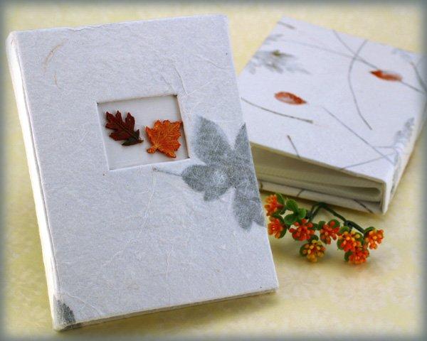 """Fall Memories"" Guest Photo Album Favors"