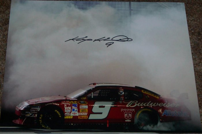 KASEY KAHNE NASCAR SIGNED BUDWISIER 11X14 PHOTO PIC PROOF