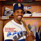 ALVIN DAVIS SIGNED SEATTLE MARINERS 1989 PROGRAM MAGAZINE MINT CONDITION