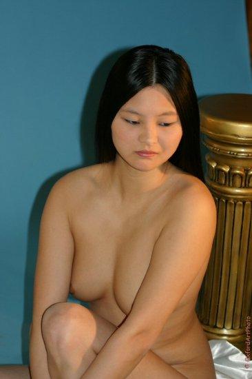 Beautiful Oriental in the studio....
