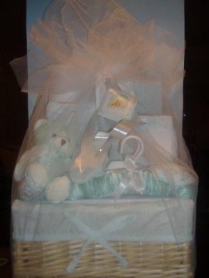 Bon BeBe 14 piece Newborn Gift Set (Neutral Green)