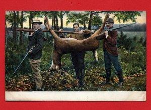 Vintage Postcard - 3 Male men Hunters bagged a Deer & carrying it home 427