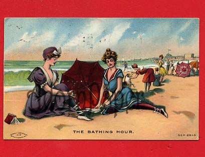 Vintage Postcard - Pretty women - Bathing beauty women circa 1909 at sea shore W47