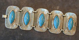 Thermoset Etched Turquoise and Metal Link Bracelet