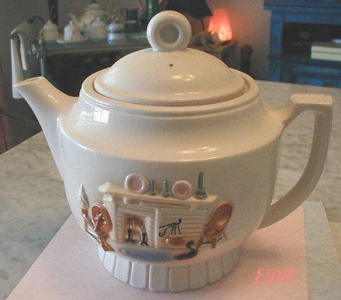 Teapot Hearth Design Porceliar USA Large Spinning Wheel