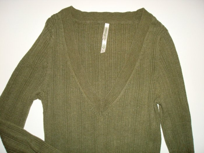 AEROPOSTALE Cotton V-Neck Cable Sweater Olive Green Lg