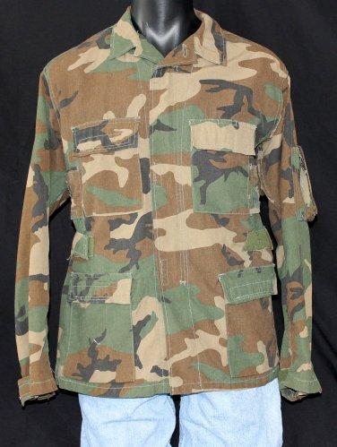 U.S. ARMY Military Aircrew Combat Coat - Woodland Camo - Medium Regular