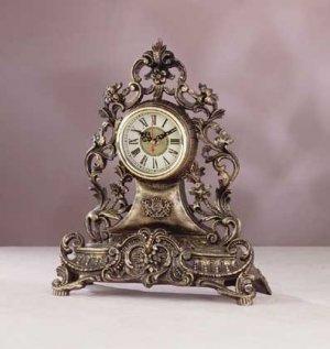 Old World Clock - D