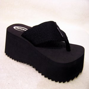 COMFY FABRIC WEBBING THONG FLIP FLOP WEDGE SANDALS BY SODA  BLACK WOMEN SIZE 6 SASSY DIVA SHOES