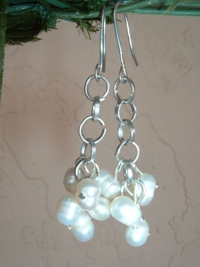 Hammered wire and fresh water pearls