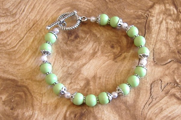 FREE SHIPPING Lime green turquoise bracelet