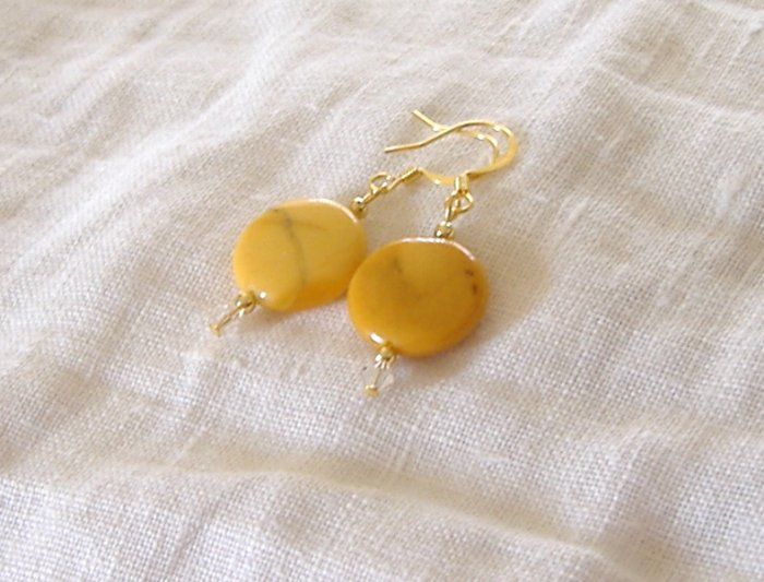 FREE SHIPPING Gorgeous bright yellow jasper beads with swarovski crystal earrings