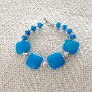 FREE SHIPPING Stunning capri blue jade bracalet Gorgeous color