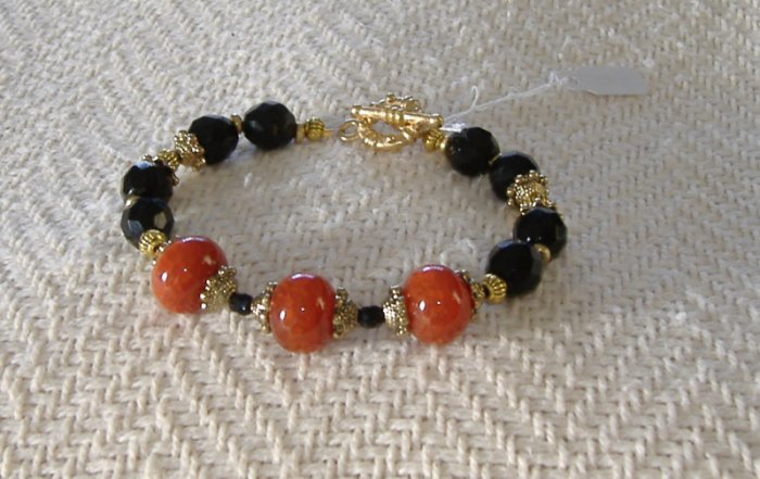 FREE SHIPPING red and black bracelet Red agates and Black glass beads