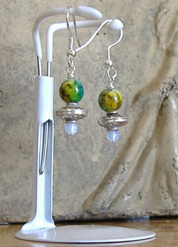 FREE SHIPPING UFOs approaching Earth earrings Must See