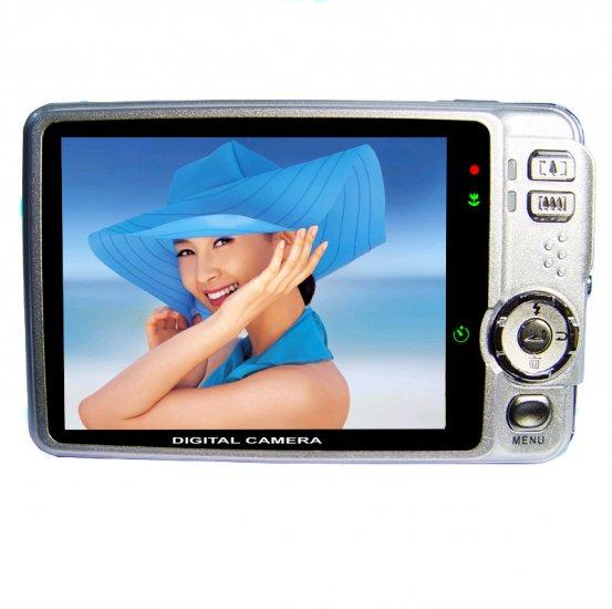 Super Widescreen 5M Pixels Digital Camera - 3 Inch LTPS Screen