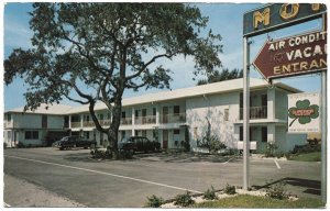 The Dutch Motel, Tampa, FL c1950s Postcard