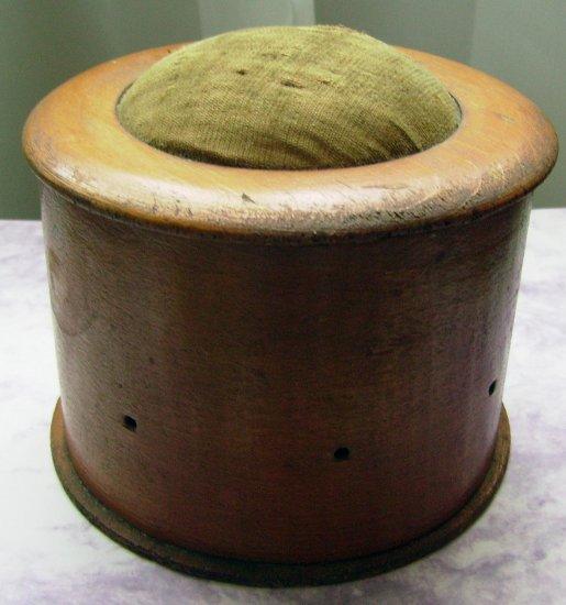 American Primitive Wood Treenware Sewing Box